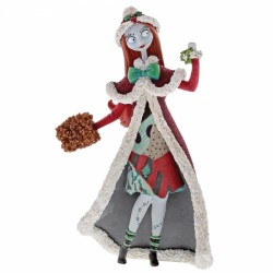 Disney Showcase Nightmare Before Christmas Santa Sally